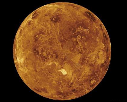 这是金星的表面,可见荒芜一片.jpg
