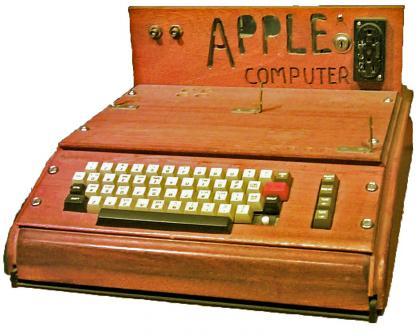 老古董苹果Ⅰ型电脑.jpg