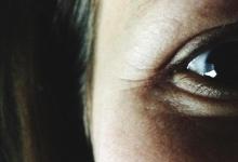 """世界上最奇怪的""""近视眼"""""""