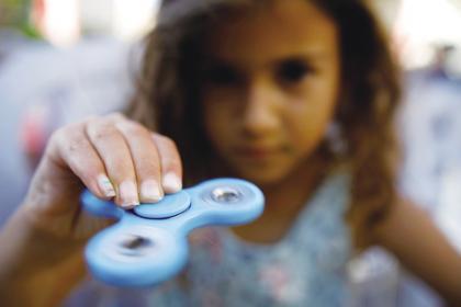 指尖陀螺具有一定的积极作用.jpg